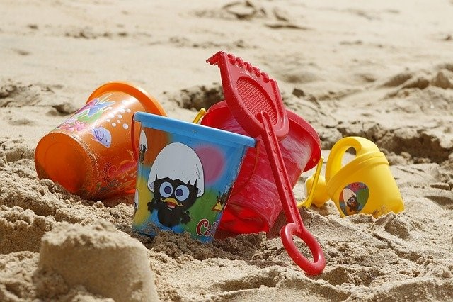 Why You Need Childcare First Aid Training During Summer