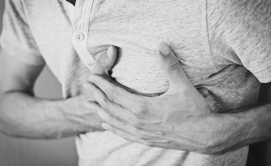 Important Heart Attack Symptoms to Watch Out For During an Emergency